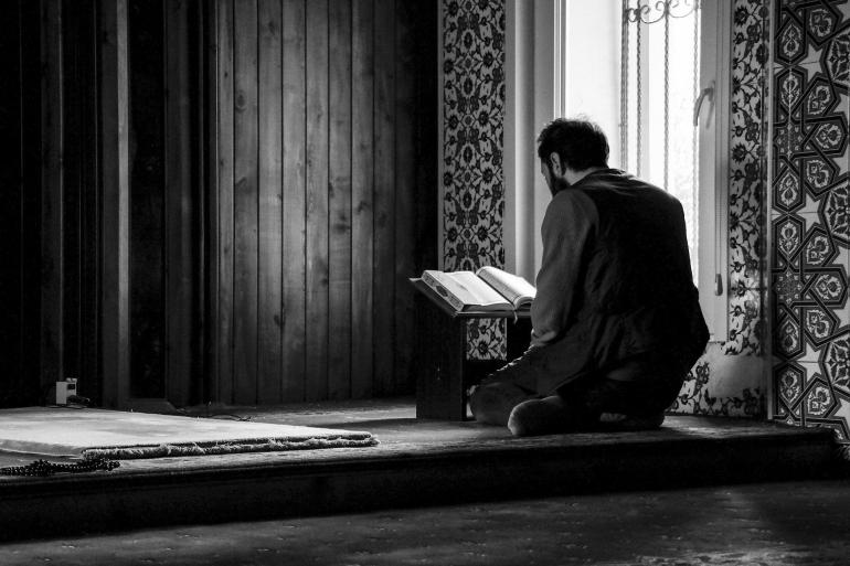 Berbicara tentang Nuzulul Quran, membaca dan memahami Al-Quran merupakan kewajiban Umat Islam (Ibrahim Mucahit Yildiz/Pixabay)
