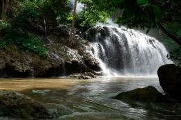 Air Terjun Lapopu yang kecokelatan (Dokpri)