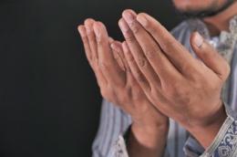 Muslim Pray | Sumber : Canva
