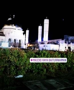 Mesjid raya Baiturrahman, jam 11 malam saat lebaran tahun 2019. (Sumber :dokpri).
