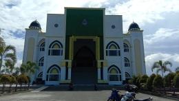 Masjid Agung Al Ikhlas Penajam Paser Utara Tampak dari Halaman Depan (Dokpri @AMS99)
