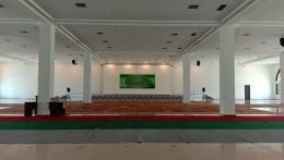 Ruang Serbaguna Terletak di Lantai Dasar Masjid Agung Al Ikhlas PPU (Dokpri @AMS99)