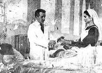 Dokter Jose Hernandez merawat pasien miskin - monografias.com/