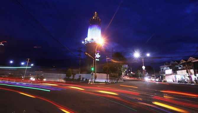 Malam di jalanan kota Mojokerto