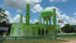 Mesjid di Suriname (smol.id)