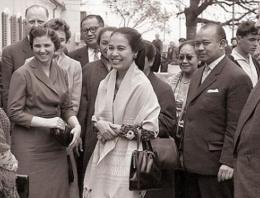 Perselisihan Jenderal Nasution dan Ibu Hartini, Istri Kedua Soekarno yang Berbuntut Penyesalan (iqra.id)