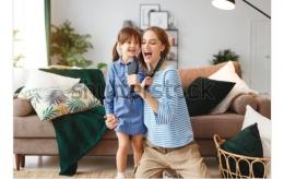 Menanamkan pemahaman tentang puasa pada anak lewat lagu (foto milik shutterstock.com)