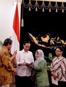 Memberikan Ucapan Selamat Kepada Pak Presiden Jokowi | Dokpri