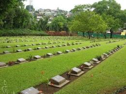 Ambon War Cemetery. Sumber : ww2cemeteries.com