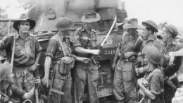 Tentara Australia di Balikpapan. Sumber : battleforaustralia.asn.au