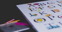 Mengenalkan anak huruf dan angka (Sumber: Pixabay/Stocksnap)
