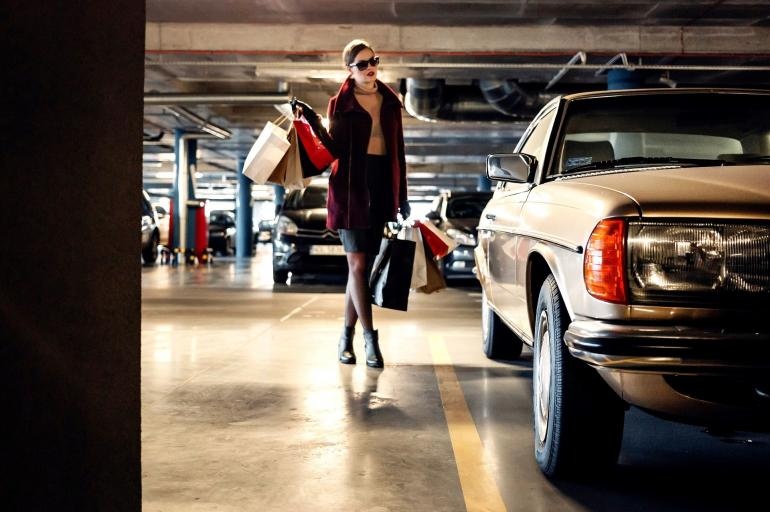 Ilustrasi Memborong Pakaian. Sumber: StockSnap on Pixabay.com