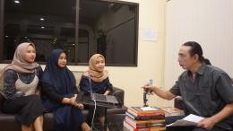 Marfuah Nurul Imania, Anggun Kumala Sari, dan Dian Aisyiah sebagai peserta Kajian Trending bersama PB Aryatmoko-dokpri