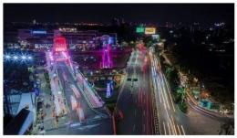 Foto pembanding: tampilan Jembatan Sawunggaling di waktu malam, arah jalan menuju masuk kawasan dalam kota (foto: @sapawargasby)