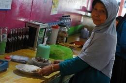 Penjual sego becek di Nganjuk (Kompas.com/Puthut Dwi Putranto)