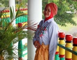 Saya mengenakan PUTA DAO   Lokasi : KADATO KIE (Istana Kesultanan) TIDORE