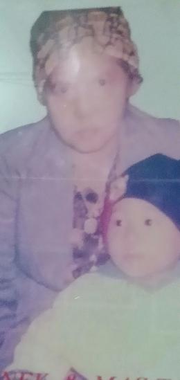 Dokpribadi... Mama bersama cucu laki laki pertamanya.. Rahmat Pratama Hidayatullah