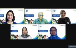 Konprensi pers virtual Kolaborasi AQUA dan Sekolah.mu dalam Peluncuran Samtaku