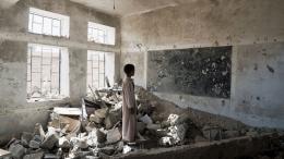 Banyak sekolah yang rusak selama enam tahun konflik di Yaman   Foto diambil dari UNOCHA/Giles Clarke