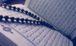 Tilawah Qur'an merupakan salah satu cara mengisi malam takbiran. | Pexels