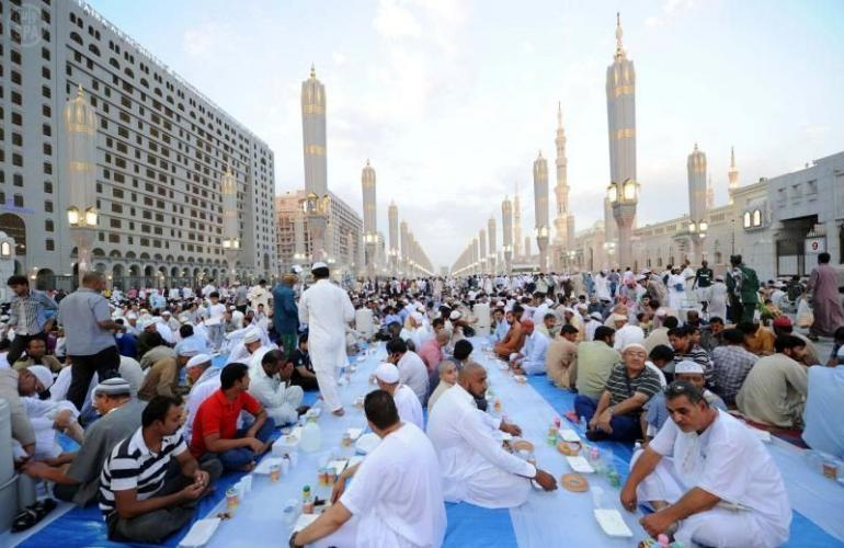 Ilustrasi Ramadhan di Mekah (iluminasi.com)