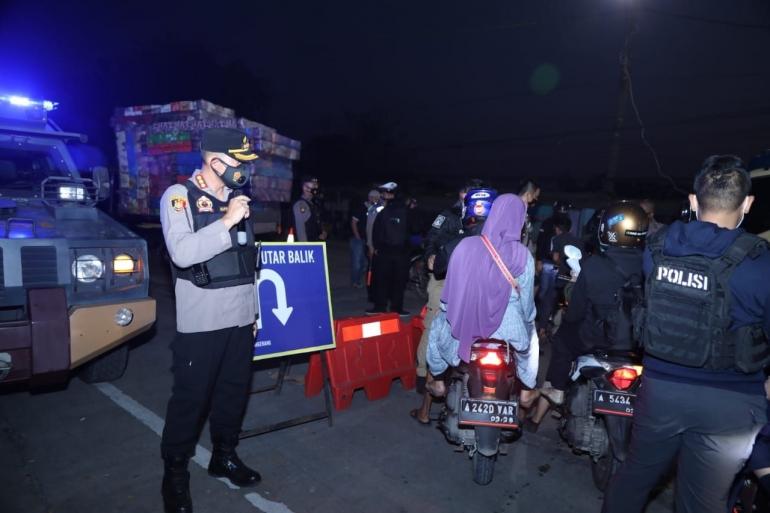 Kapolresta Tangerang Saat Melakukan Pengamanan di Pos Penyekatan (Dokpri)