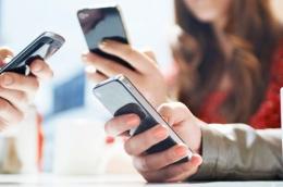 Pengguna akses internet dan media sosial terus meningkat setiap tahun (Ilustrasi gambar: infokomputer.grid.id)