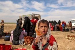 Jutaan anak menjadi korban dalam perang saudara di Suriah yang berlangsung sejak 2011.  Sumber: AFP PHOTO/DELIL SOULEIMAN via Kompas.com