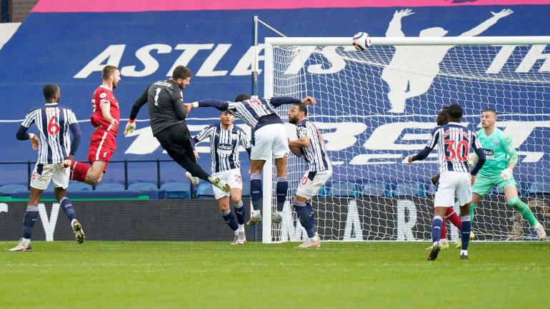 Gol Alisson ke gawang West Brom (Goal.com)