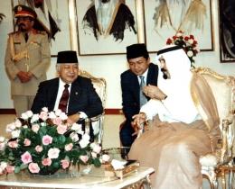 Mendampingi Presiden RI ke-2 H. M. Soeharto (Dokpri)