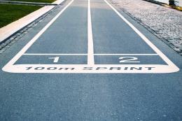 100 M Lari Sprint. Sumber: Foto oleh Tim Gouw dari Pexels
