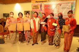 Para Pemenang Lomba Berkebaya (Sumber: Dok. Pribadi)