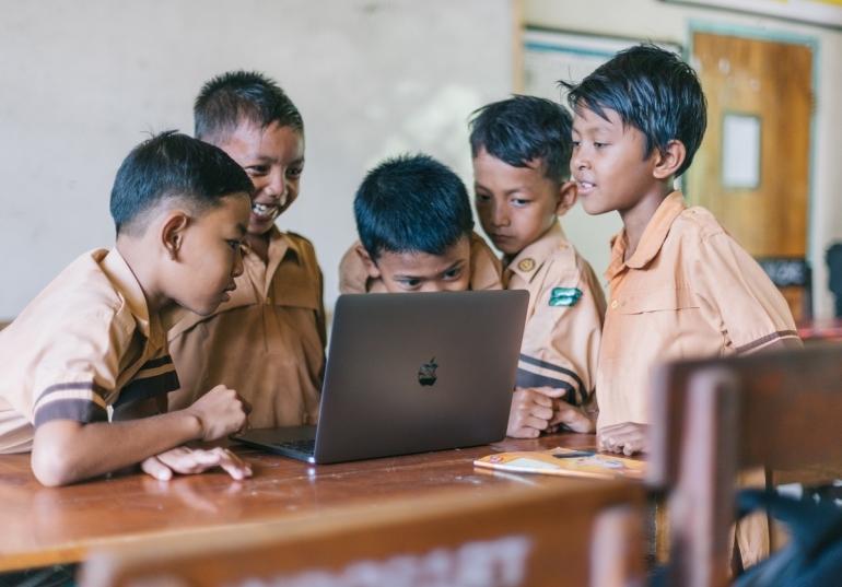 Anak sekolah belajar. Sumber: Pexels | AGUNG PANDIT