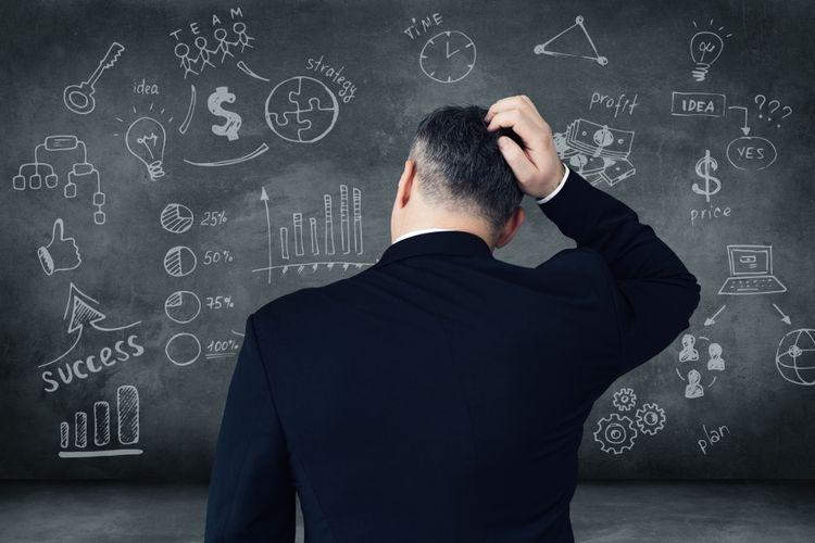 Ilustrasi banyak pertimbangan bisa menghambat kerja tim  Sumber: g-stockstudio via Kompas.com