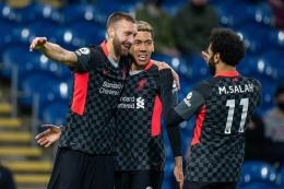 Pemain Liverpool merayakan gol ke gawang Burnley. (via thisisanfield.com)