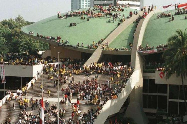 Potret gerakan Reformasi 1998. Kompas/eddy hasby dipublikasikan kompas.com