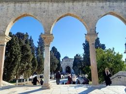 Ilustrasi Masjid Al Aqsa dilihat dari Dome of The Rock, 20 Desember 2019. Dokpri