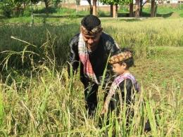 Serasa pulang kampung di Kampung Wisata Cinangneng (Foto: dokpri)