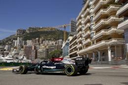 Lewis Hamilton saat sesi latihan bebas di GP Monaco. (Foto: Jiri Krenek/Mercedes-AMGF1)