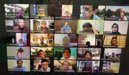 sebagian peserta silaturahim virtual eks sman 1 tld yogya '73 - menggunakan zoom - dokpri rachma ghani