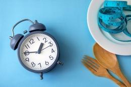 Ilustrasi puasa dan berat badan  Sumber: Shutterstock via Kompas.com