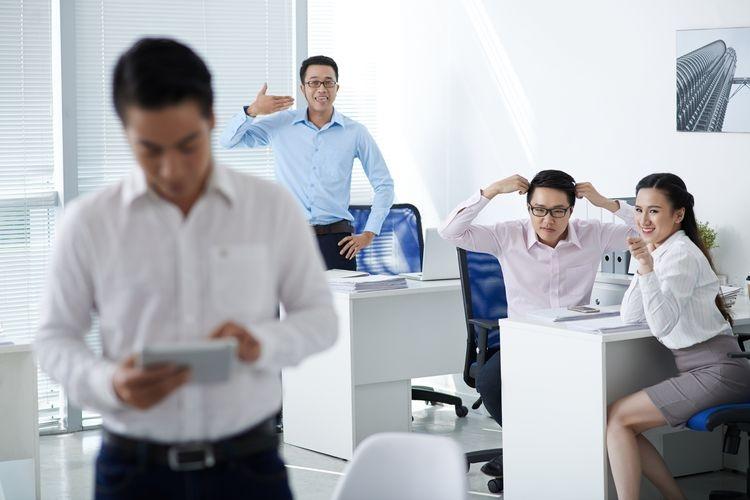 Ilustrasi menghadapi lingkungan kerja toksik| Sumber: DragonImages via Kompas.com