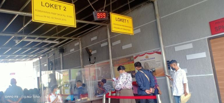 Pelayanan SKCK di kantor Polres Metro Bekasi Kota (foto Nur Terbit)