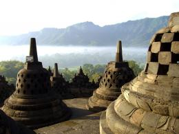 Candi Borobudur adalah salah satu Monumen Buddha termegah dan terlengkap di dunia. Sumber gambar: Giovanni Boccardi /Hak Cipta UNESCO