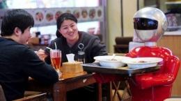 Robot Pengganti Pelayan di Sebuah Restoran Jepang. Sumber Detik.net