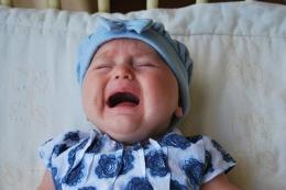 Gambar ilustrasi bayi menangis (Foto : pixabay.com/Ben.Kerchx