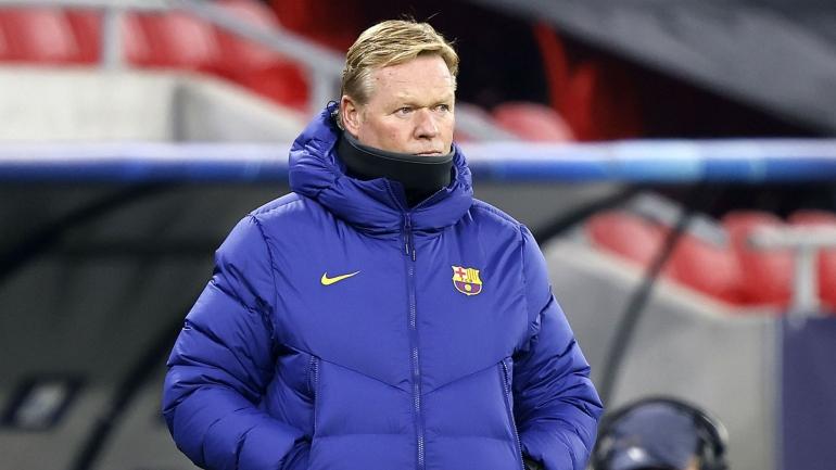 Nasib Ronald Koeman sebagai pelatih Barcelona untuk musim depan belum jelas. Sumber foto: Getty Images via www.sportinnews.com