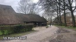 Foto: Pengunjung dari luar desa hanya boleh mengelilingi desa museum dengan berjalan kaki atau bersepeda | Dokumentasi pribadi