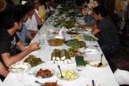 Orom Sasadu/Makan-makan adat, Sahu.