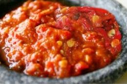 Sambal tomat   Foto: Sunarko Narko Via Pinterest.com